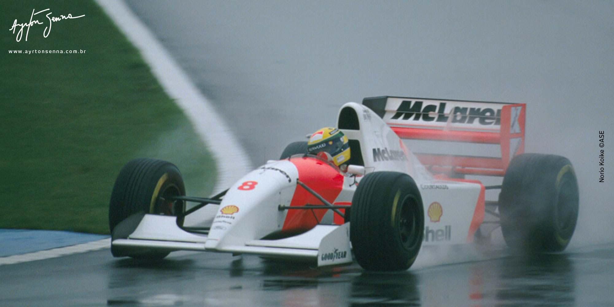 d3a88f5aba Verdade ou mito  Veja 10 histórias que marcaram a carreira de Senna ...