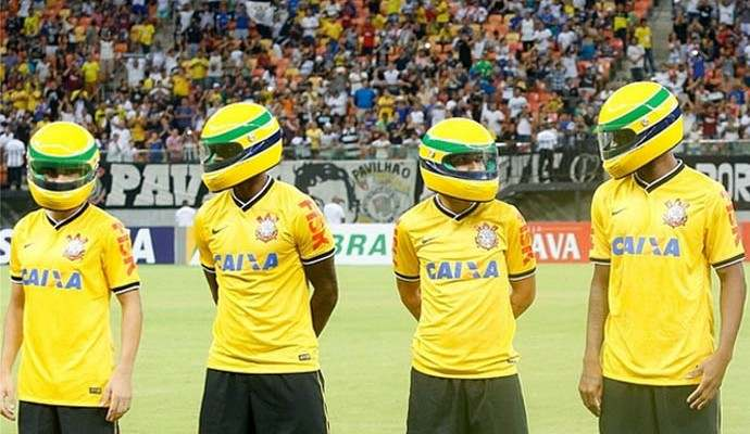Corinthians completa 106 anos  relembre as homenagens do clube para ... 9aec301b79886