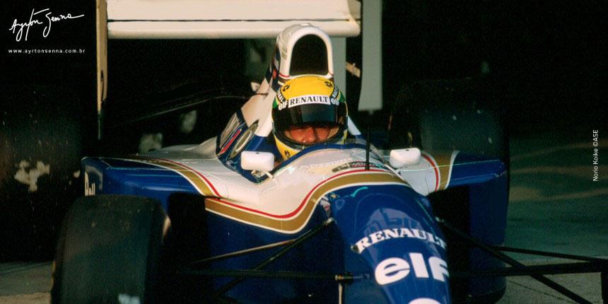 Ayrton Senna, ex-piloto de Formula 1 em 1994 by ayrtonsenna.com.br